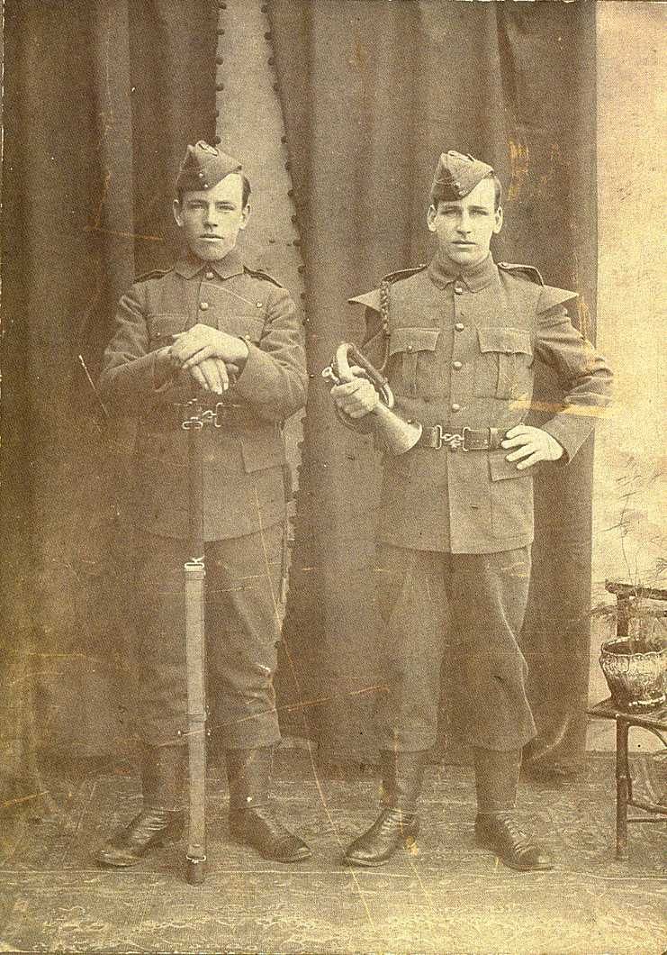 William Stanley Niles (left) and his brother Harry