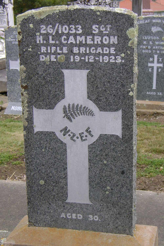 Hugh Lindley Cameron's headstone