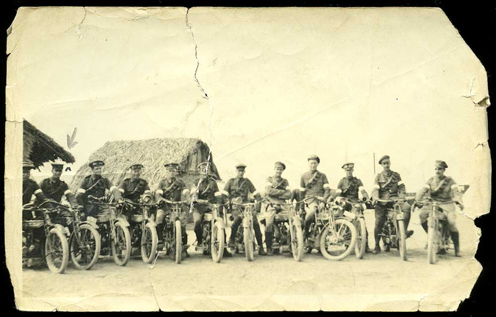 New Zealand Expeditionary Force despatch riders pictured in Egypt in 1915