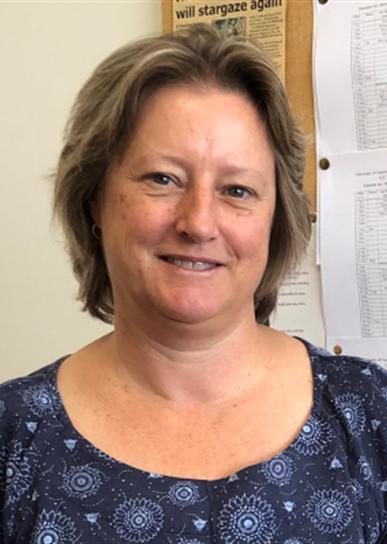 Dr Karen Pollard