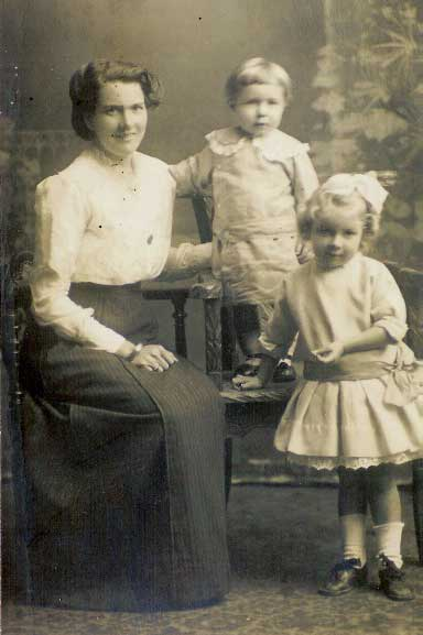Maud Griffiths and children