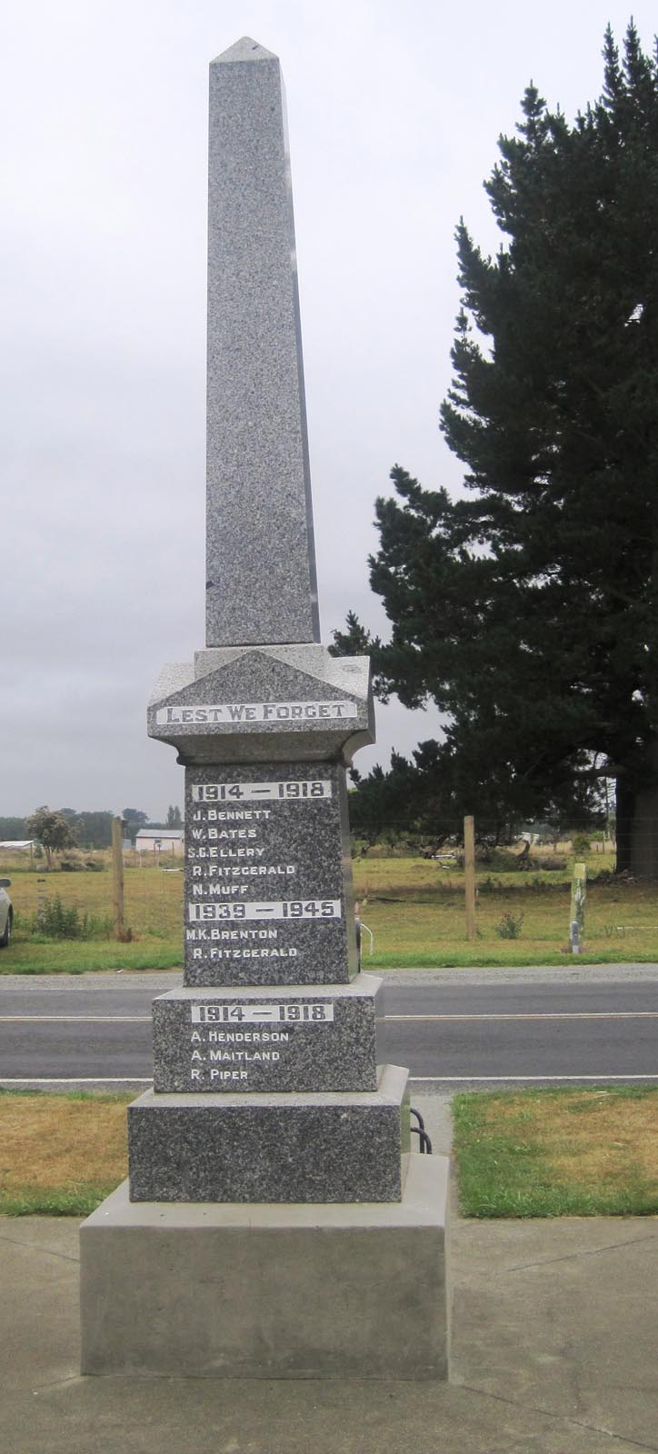 Orari War Memorial in 2010