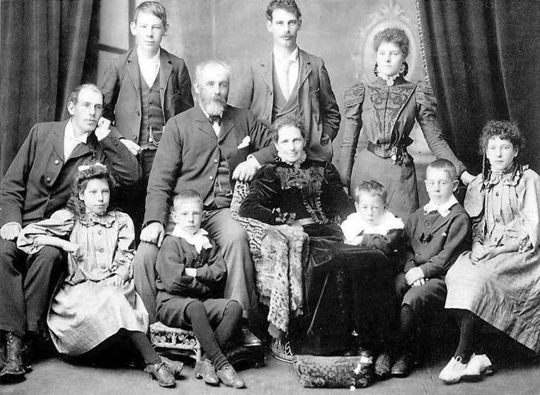 John & Jane Mills & family