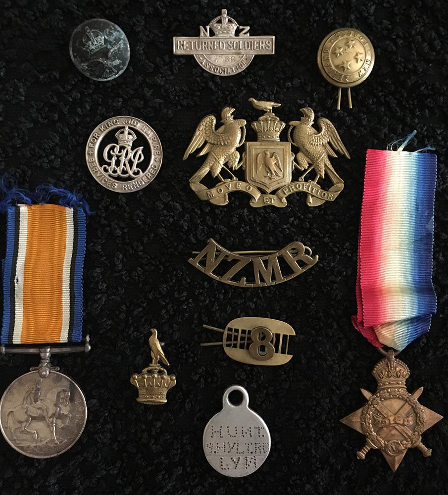 Albert Hunt - medals, badges, and buttons