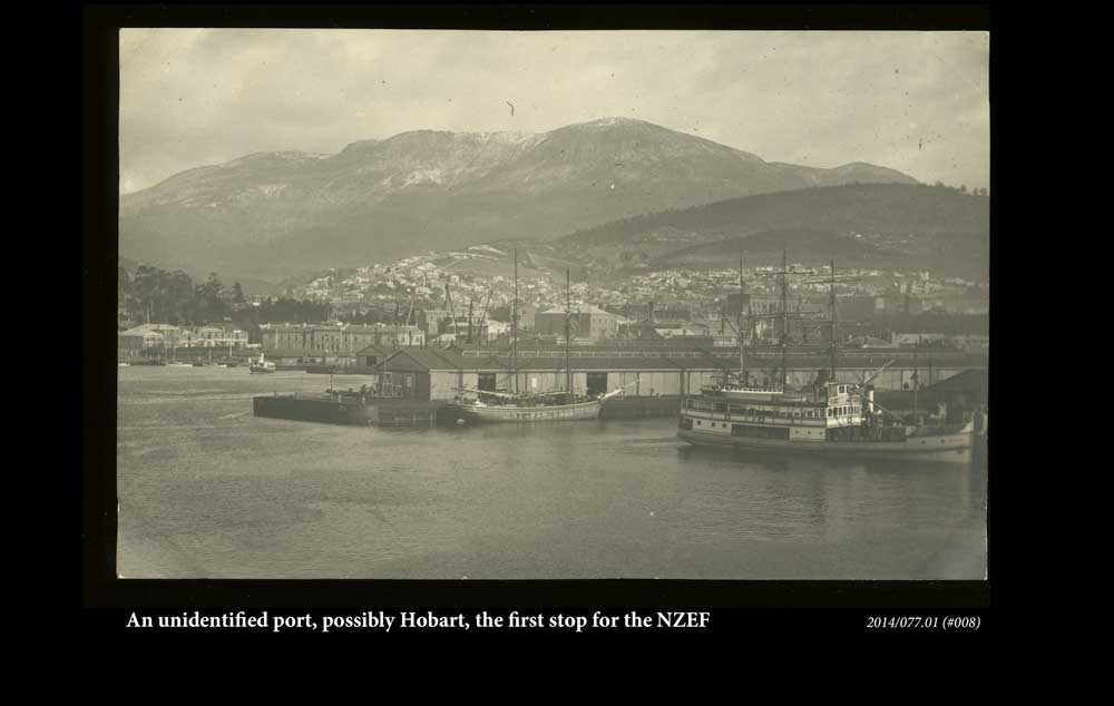 An unidentified port, possibkly Hobart, the first stop for the NZEF